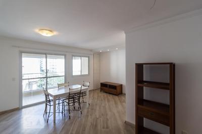 Apartamento No 6º Andar Mobiliado Com 2 Dormitórios E 2 Garagens - Id: 892907878 - 207878