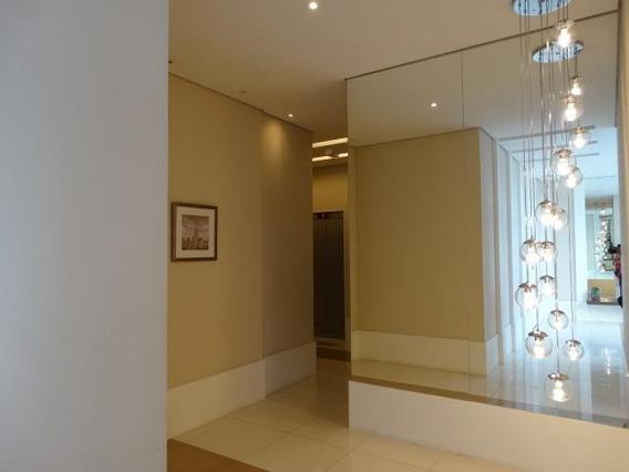 Apartamento Com 82 M² De Área Útil, Sala Ampliada. Ref82175