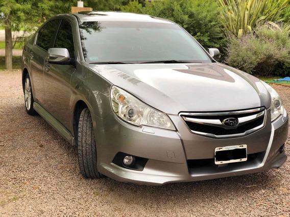 Subaru Legacy 2.5 Limited 2011