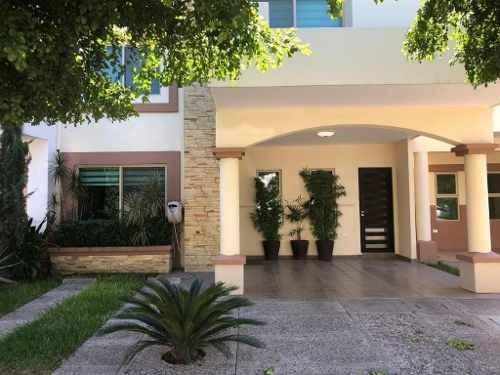 Casa En Venta En Privada Residencial Villa Serena