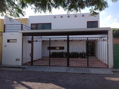Casa En Renta Colinas Del Cimatario 4 Recamara 5 Baño Factur