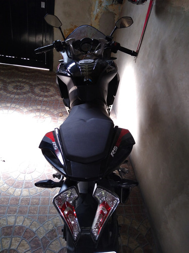 Imagen 1 de 5 de Rouser Rs 200,permuto/moto Hasta 300cc Mas Dinero A Mi Favor