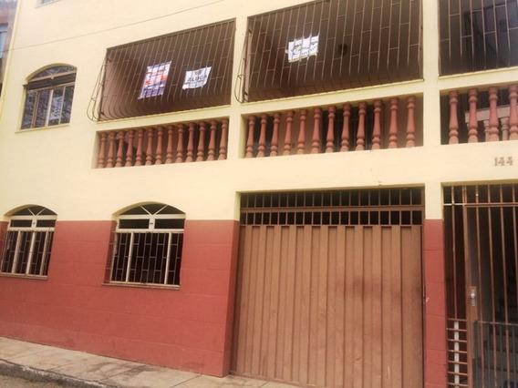 Casa Com 3 Quartos E Quintal, No Bairro Estrela-viçosa Mg - 5439