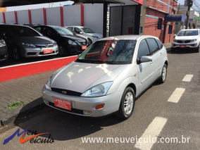 Ford Focus Hatch 2.0 Ghia 2002/2003 Prata