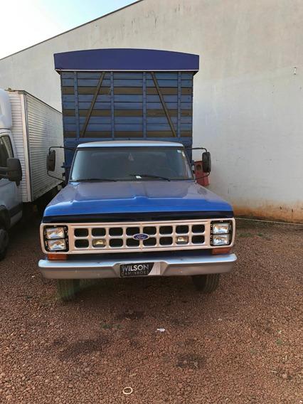 F 4000 1982 ,azul Boiadeiro