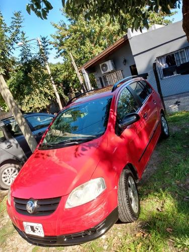 Volkswagen Suran 2010 1.6 Style