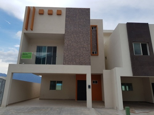 Casa En Venta En Santoral, Dominio Cumbres