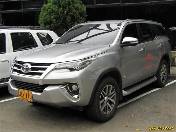 Toyota Fortuner Srv 2800 Cc Td