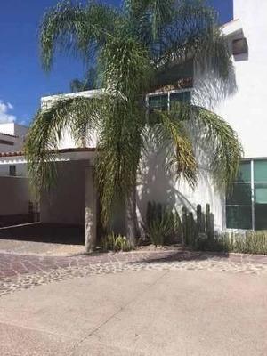 Casa En Coto En Venta, Al Norte De Aguascalientes