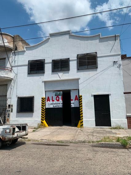 Galpón Deposito Ramos Mejía Ciudadela. 390 Metros.