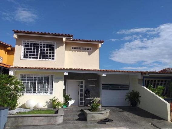 Casa En Venta En Este De Barquisimeto #20-6098