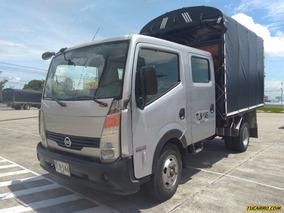 Camiones Estacas Nissan Cabstar