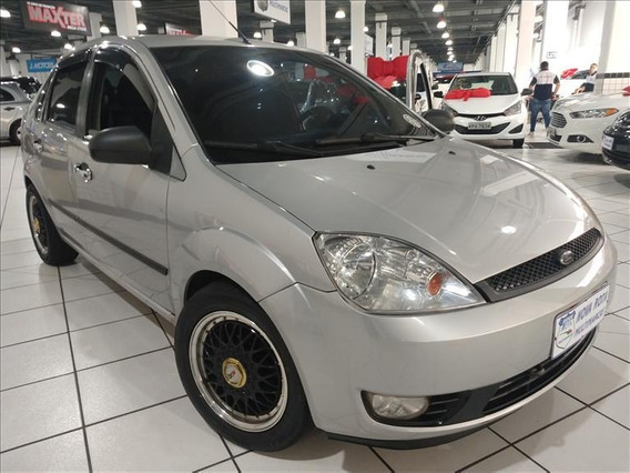Ford Fiesta Fiesta Sedan 1.6