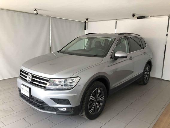 Volkswagen Tiguan 2020 5p Comfortline 3a Fila