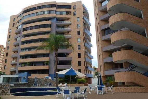 Apartamento En Mañongo Carabobo 19-19213 Rrgs