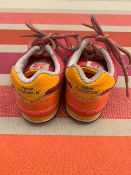 Zapatillas New Balance Talle 6 Americano (22 De Niño)