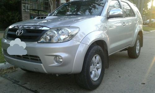 Toyota Sw4 3.0 I Srv C/cuero 4x4 (2009) 2008