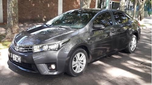 Imagen 1 de 11 de Toyota Corolla 2015 1.8 Xei Cvt 140cv