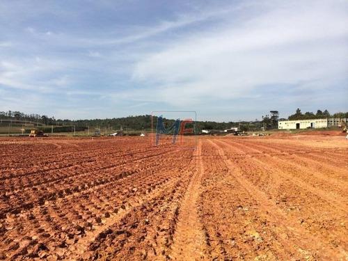 Imagem 1 de 2 de Ref 9058 - Excelente Terreno De 50.296,45 M2  Localizado Enfrente Ao Parque Indl San Jose Na Estrada De Caucaia, Km 4,5 Pronto P/ Construir! - 9058