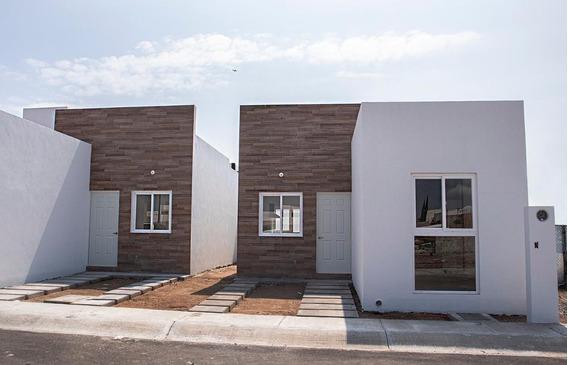 Casa Nueva En Venta En Desarrollo San Pablo, Querétaro (01)