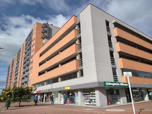 Apartamento En Arriendo Las Villas 552-639
