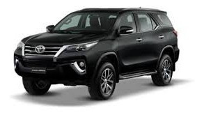Camioneta 4x2 Fortuner 3.00 Año 2018 Color Negra 7500 Kms