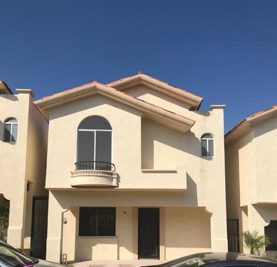 Casa En Venta En Alta California Residencial