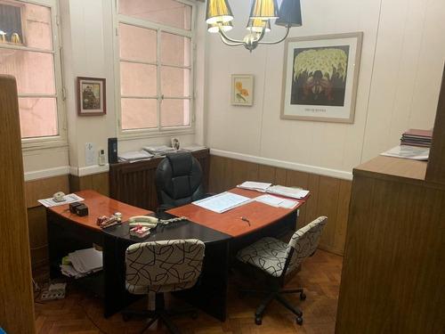 Venta Oficina De 65m2 En Microcentro