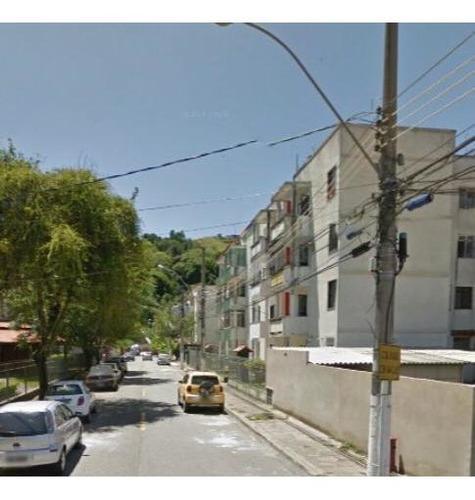 Apartamento Para Venda Em Volta Redonda, Parque Das Ilhas, 2 Dormitórios, 1 Banheiro, 1 Vaga - 021_2-204042