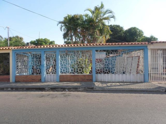 Casas En Venta Barquisimeto Centro Lp, Flex N° 20-8032