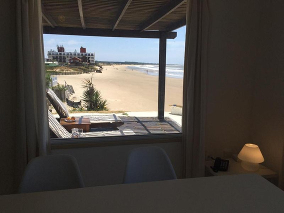 Venta Casa Frente Al Mar En Costa Uruguaya