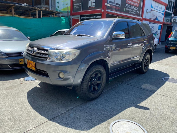 Toyota Fortuner Urbana 2.7 At 4x2 2011 Perfecto Estado