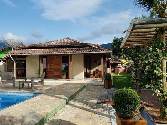 Casa Com 3 Dormitórios E 4 Vagas De Garagem Em Paraty - Ca2117