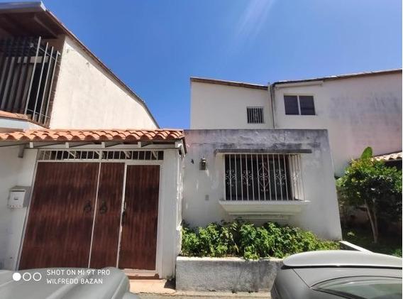 Casas En Venta Mls #20-11276 José M Rodríguez 04241026959