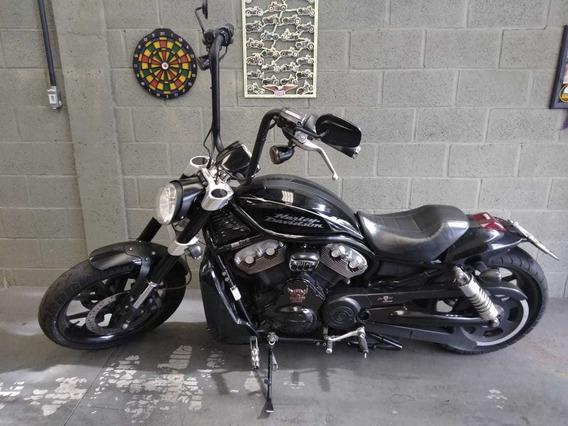 Harley Davidson V-rod Customizada