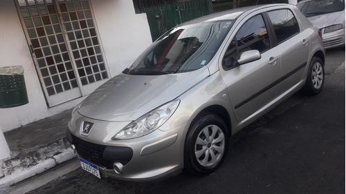 Peugeot 307 2007 1.6 Presence Flex 5p