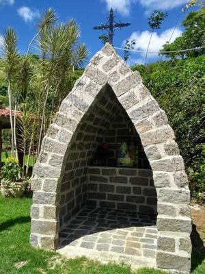 Construção De Gruta E Tudo Em Pedras ..