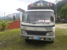 Vendo O Cambio Camión Hino 616 2006 Por Camioneta Doble Cabi