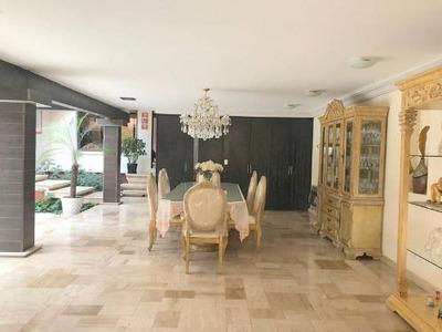 Casa En Venta Con 4 Recamaras En La Herradura 2da. Seccion.