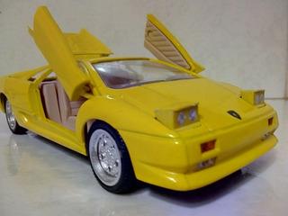 Linda Miniatura Lamborghini Diablo - ( Rara ) Ótimo Estado.