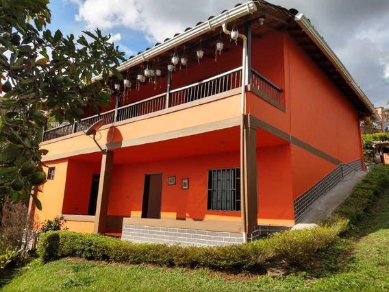 Casa Finca En Arriendo, Marinilla