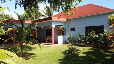 Villa De Venta En La Entrada Cabrera