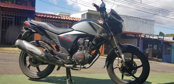 Honda Invicta 2013