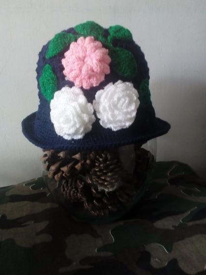 Sombrero O Gorro Tejidos Con Flores Para Niña