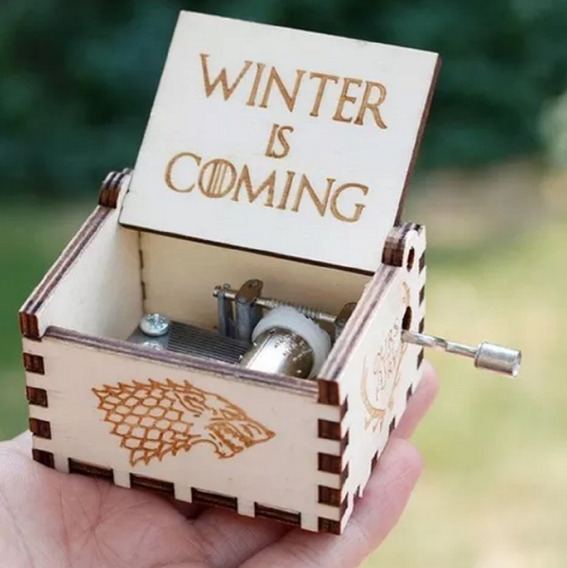 Caixinha De Musica Game Of Throne Winter Is Coming Branco
