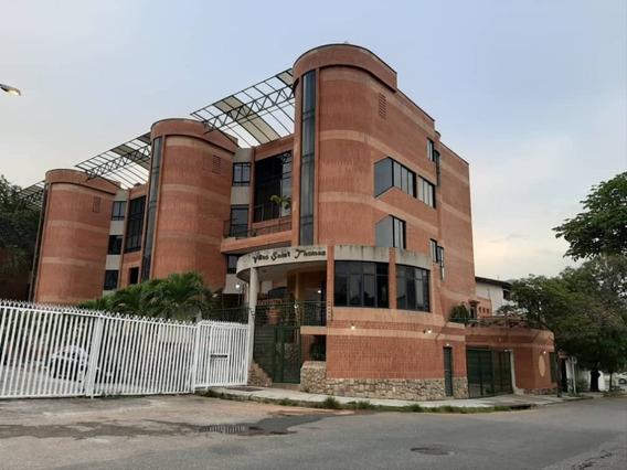 Town House En Venta En El Bosque