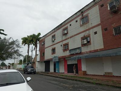 Se Alquila Oficinas En Calle Bermudez Sector Centro Al01-0069cb-ah