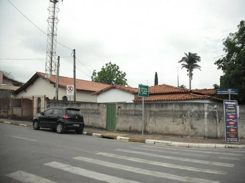 Imagem 1 de 11 de Ótimo Terreno Com 3 Casas - 305