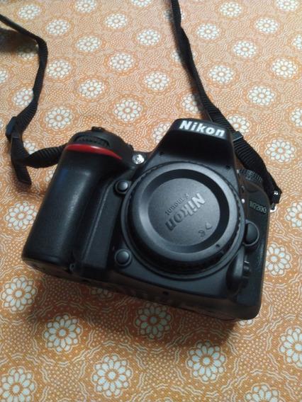 Nikon D7200 + Nikkor 18-140mm + Acessórios