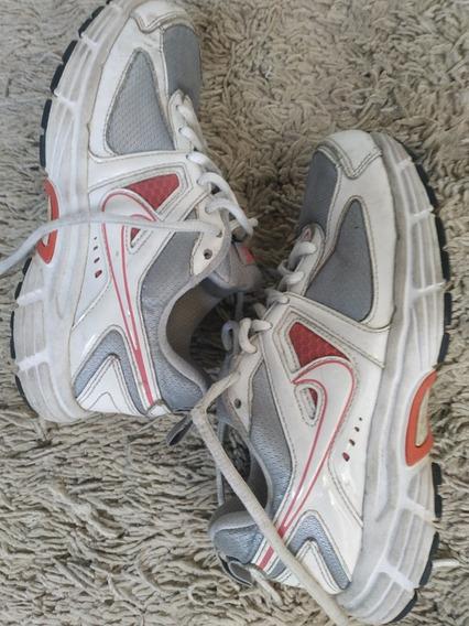 Tênis Nike Menina 32